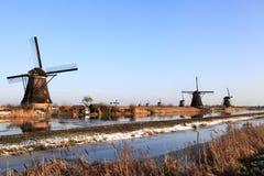 Väderkvarnar på Kinderdijk Holland 1 Royaltyfria Bilder