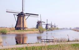 Väderkvarnar på Kinderdijk, Nederländerna Royaltyfri Foto