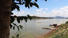 Väg av uppehället av den Mekong River sidan arkivbilder