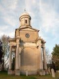 Väg för dag Mistley tvilling- gammal för kyrkliga torn ingen folkkyrkogård Arkivbilder