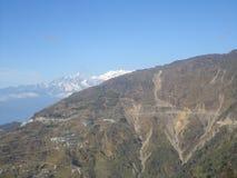 väg för kullliggandeberg till Royaltyfri Fotografi