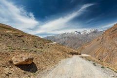 Väg i Himalayas Royaltyfri Foto