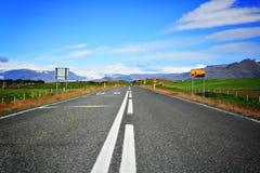 Väg i Island Fotografering för Bildbyråer