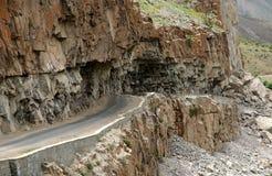 Väg i Karakorum Arkivfoton