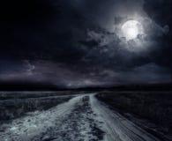 Väg i natten Royaltyfri Fotografi