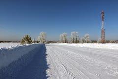 Väg i snow arkivfoto