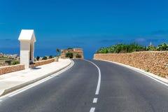 Väg på den Gozo ön, Malta Fotografering för Bildbyråer