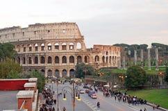 Väg till Colosseum Arkivbilder