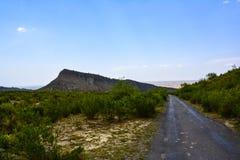 Väg till dalen för Kanhatti trädgård snart Arkivbilder