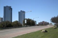 Väg till i stadens centrum Fort Worth Arkivfoton