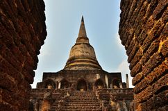 Väg till pagoden Arkivfoton