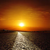 Väg till solnedgången Arkivfoton