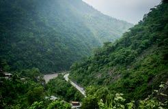 Väg under från höjd: Nepal Royaltyfria Foton
