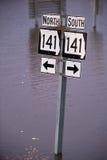 Vägar för huvudväg 141 undertecknar in den Missouri floden Arkivbild