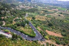 Vägar mellan fält i Provence, Frankrike Royaltyfri Fotografi