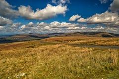 Vägen över kullarna fotografering för bildbyråer