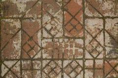 Vägen från de gamla tegelstenarna Arkivfoton