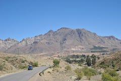 Vägen i Altiplanoen Arkivfoton