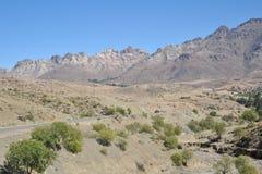 Vägen i Altiplanoen Arkivbild