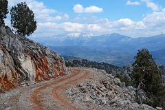 Vägen i de turkiska bergen Arkivfoton