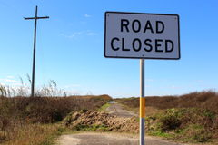 Vägen stängde tecknet på slutet av Texas Highway 87 Arkivfoton