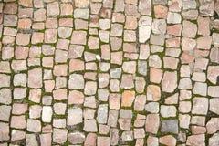 Vägen stenlades med stenen Royaltyfria Bilder