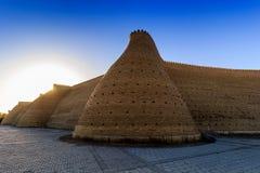Vägg av den Bukhara fästningen, Uzbekistan royaltyfria foton