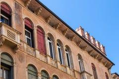 Vägg av den palazzoNegri De Salvi oggien Casarotti Royaltyfri Fotografi