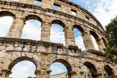Vägg av den roman amfiteaterarenan i pula Kroatien Arkivbilder