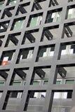 Vägg av en modern byggnad i Locarno med symbolet av Schweiz fotografering för bildbyråer