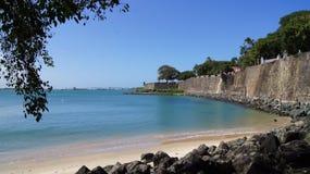 Vägg av gamla San Juan som är karibisk, Puerto Rico. Royaltyfri Fotografi