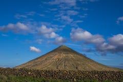 Vägg för bergsikt i förgrund, LaOliva Fuerteventura Las Palmas Canary öar Spanien Royaltyfria Foton