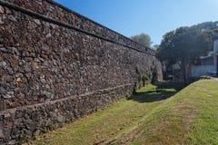 vägg för coloniasacramento sten Royaltyfri Bild