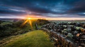 Vägg för Hadrian ` s, Northumberland Arkivbilder