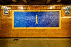 Vägg för NYC-gångtunnelstation Royaltyfri Bild