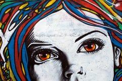 vägg för stil för tegelstengrafitti modern arkivfoton
