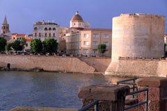 vägg för town för algueroitaly sardinia torn royaltyfria bilder