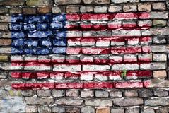 vägg för USA för tegelstenflagga gammal målad Arkivbild