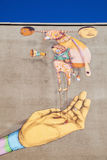Vägg- konstverk av OS Gemeos i Heerlen, Nederländerna arkivfoto