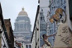 Vägg- målning för komisk remsa i Bryssel, Belgien arkivbild