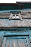 Vägg med ett stängt fönster Royaltyfria Foton