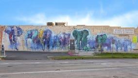 42 vägg- projekt, `-Deepellumphants ` av Adrian Torres, djupa Ellum, Texas Fotografering för Bildbyråer