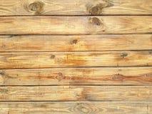 Vägg som göras av träplankor Arkivfoton