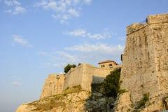 Väggar av den gamla staden av Ulcinj, Montenegro Royaltyfria Foton