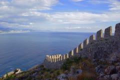 Väggar av den Seljuk fästningen Arkivfoton