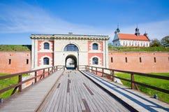 Väggar av Zamosc, Polen royaltyfri foto