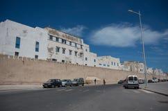 Väggar och gamla hus av medeltida medina av Essaouira, Marocko Arkivbild