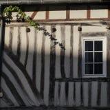 Väggarna av det gamla huset Fotografering för Bildbyråer