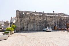 Väggarna av gamla Budva, Montenegro Royaltyfria Foton