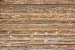 Väggen av bräden av en gammal byggnad Inaktiv tidsträ för textur Royaltyfria Foton